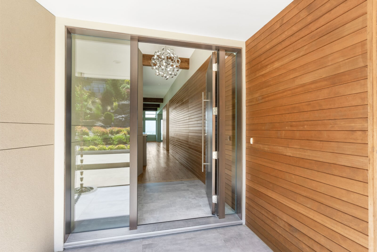 Custom entryway construction